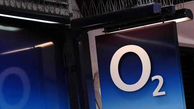 Hutchison Whampoa has agreed a deal to buy O2