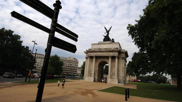 Anzac centenary commemorations are due to begin with a dawn service at Wellington Arch