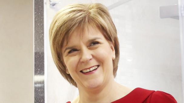 Nicola Sturgeon says the SNP could prop up a minority Labour government, even if Ed Miliband's party had 40 fewer MPs than the Tories