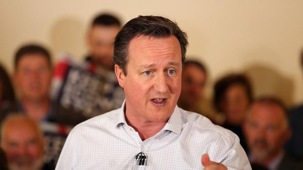 Prime Minister David Cameron has attacked Labour's policies on small businesses