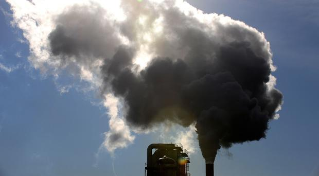 Experts say that nations need to do more to cut greenhouse gas emissions