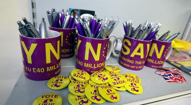 A Ukip candidate has apologised for derogatory comments about a female journalist
