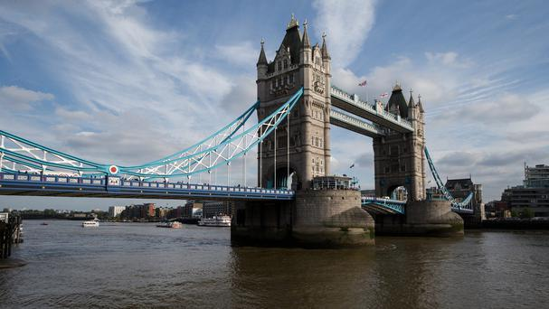 Figures show a dip in long-haul visitors to London