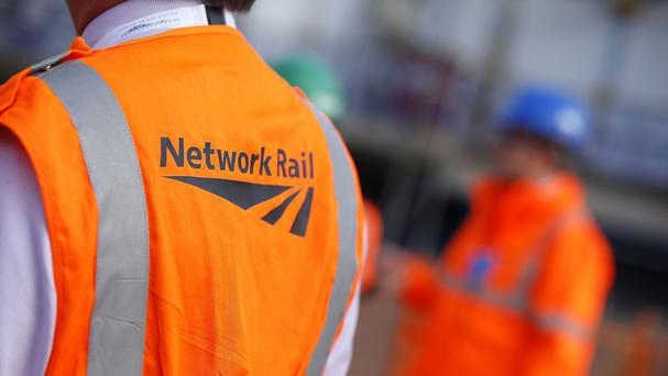 Talks aimed at averting strikes by rail workers in a dispute over pay are due to resume today.