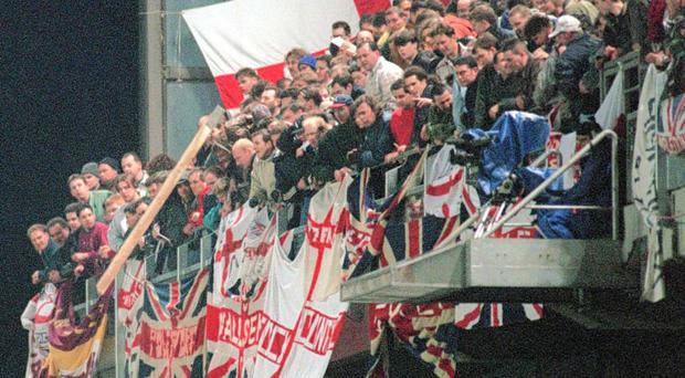 Trouble flares during Republic v England match at Lansdowne Road in 1995