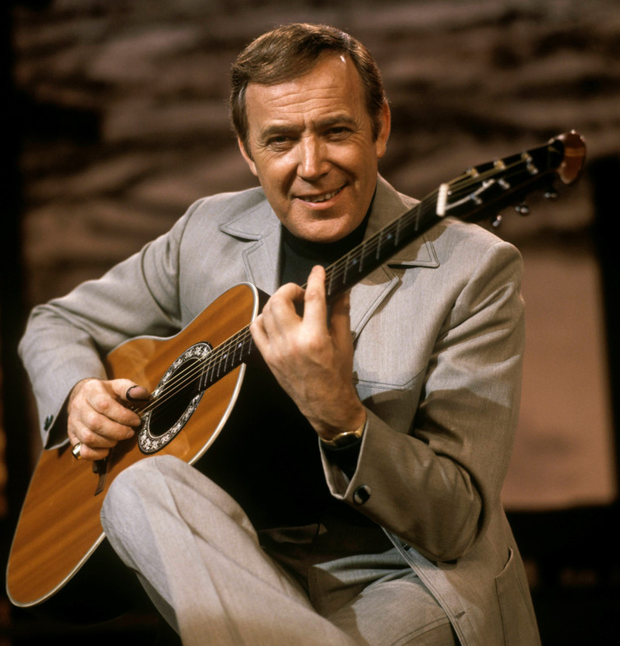 Tributes: Entertainer Val Doonican