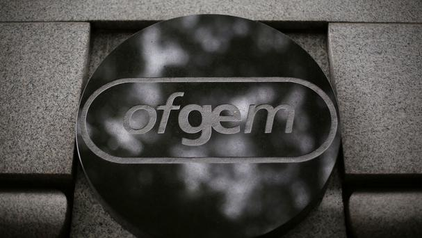 Industry regulator Ofgem has told npower to offer free energy to customers whose complaints remain unresolved