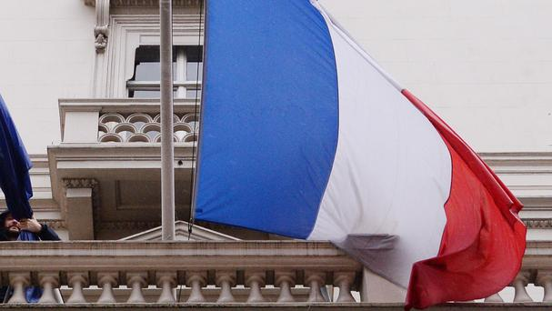 An inquiry in to the death will now be opened in France