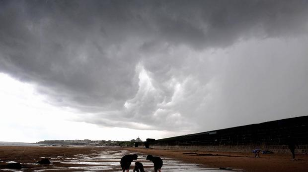 Forecasters expect Sunday to be cloudy in most parts of the country