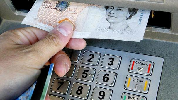 Independent retailers want the Government to remove additional business rates from free cash machines