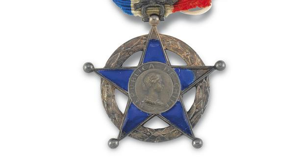 Sir Ernest Shackleton's Chilean Order of Merit will be auctioned at Christie's South Kensington (Christie's/PA)