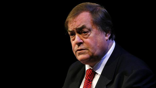 Former Labour deputy leader Lord Prescott has called for the Privy Council to be scrapped.