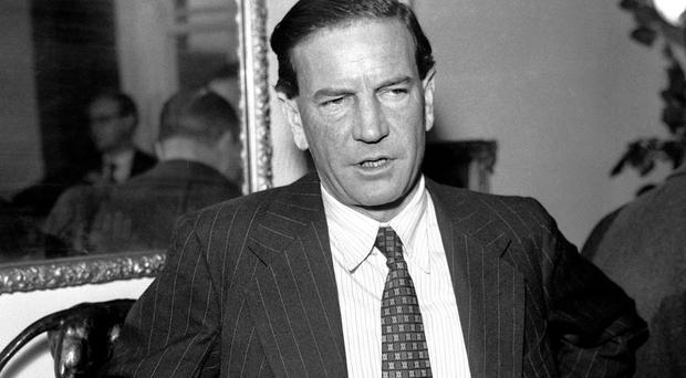 Kim Philby's attempts to save his skin after his fellow Soviet spies Guy Burgess and Donald Maclean fled to Russia are revealed in newly released files.