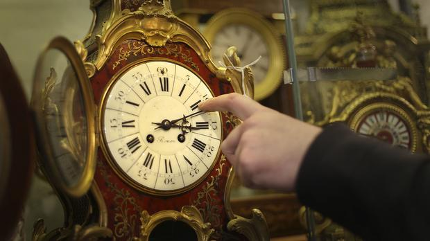 Clocks should be put back 60 minutes at 2am on Sunday