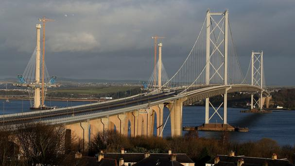 Interim repairs to the Forth Road Bridge have been completed ahead of schedule