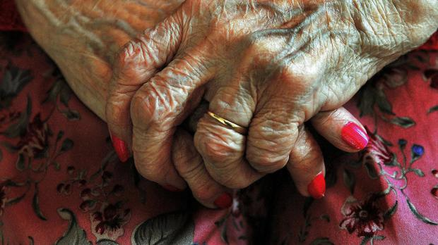 There are thousands of cases of dementia patients being discharged in the middle of the night, a charity has warned