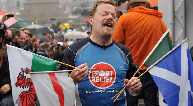 Eddie Izzard running for Sport Relief in 2009