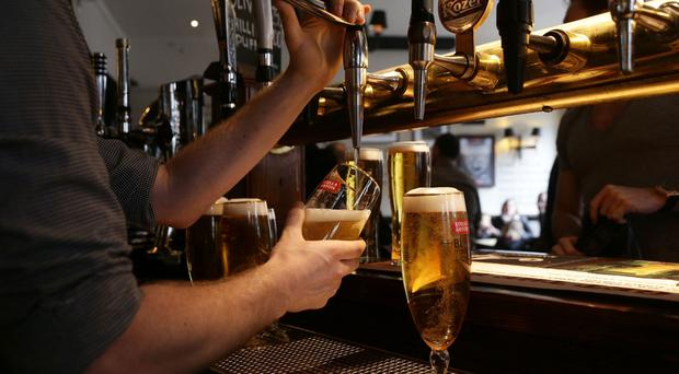 Almost nine in 10 people do not associate drinking alcohol with an increased risk of cancer, a new report suggests