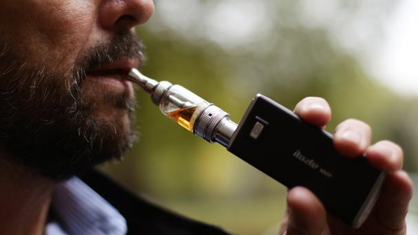 A report says that e-cigarettes should be widely promoted as a substitute to smoking
