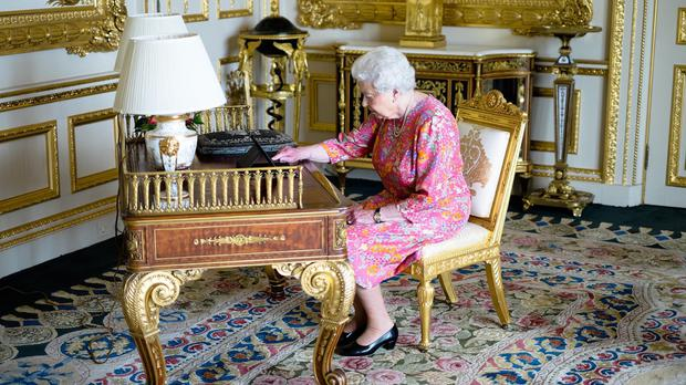 The Queen tweeting on a tablet thanking everyone for their birthday messages (Buckingham Palace/PA)