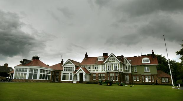 Muirfield will hold a new ballot on female membership