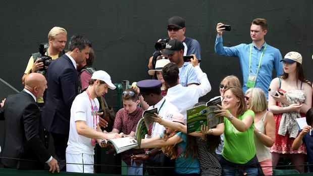 The Latest: Murray and Raonic go to tiebreaker in 2nd set