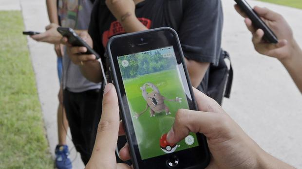 Pokemon Go officially arrives in the United Kingdom on iOS and Android
