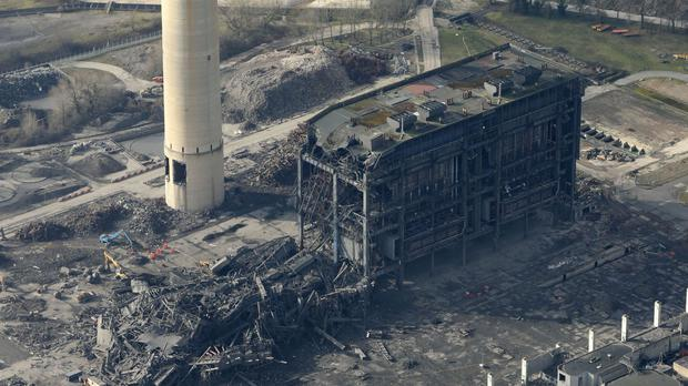 Body found in search for men missing following Didcot power station collapse
