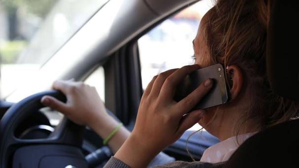 Drivers caught using a mobile phone illegally for the first time will no longer be able to avoid getting points on their licence by taking a remedial course, the Government has announced