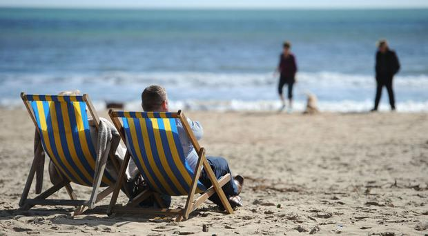 Temperatures next year will be 0.75C higher than the long-term average, the Met Office predicts