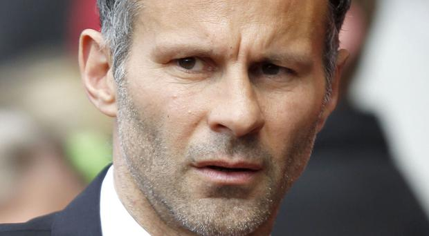 Ex-footballer Ryan Giggs decided not to ask a judge to bar reporters from High Court hearings concerning his fight over money with his estranged wife