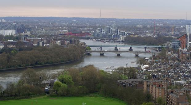 The device was spotted near Putney Bridge