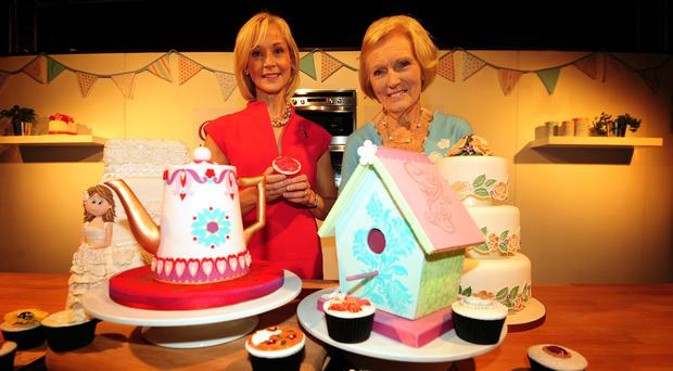 Cake designer Mich Turner with Mary Berry (right)