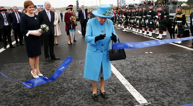 The Queen has officially opened the UK's tallest bridge in a special ceremony (Andrew Milligan/PA)