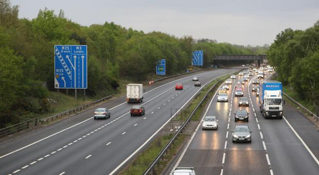 Major motorway CLOSED as bomb disposal team called to 'hazardous material'