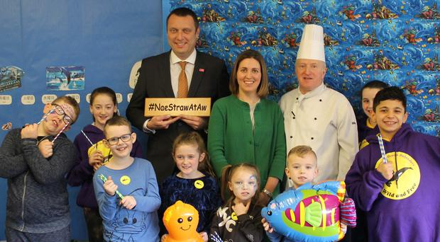 Councillor Anna Richardson broke the good news to Sunnyside Primary pupils with catering representatives (Glasgow City Council)