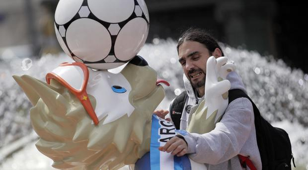 An Argentina fan in Moscow (AP Photo/Dmitri Lovetsky)