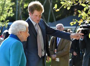 Harry with his grandmother the Queen at the Chelsea Flower Show in 2015 (Julian Simmonds/The Daily Telegraph/PA)