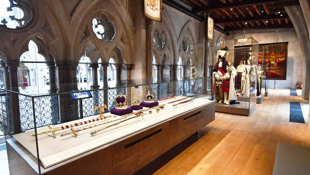 The Queen's Diamond Jubilee Galleries