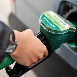 UK petrol prices are dropping back