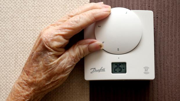 """18,200 """"excess winter deaths"""" were provisionally recorded in the 2013/14 winter"""
