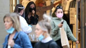 Masked shoppers in Glasgow (Andrew Milligan/PA)
