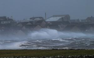 Stormy weather batters Stonehaven (Aberdeenshire Council)