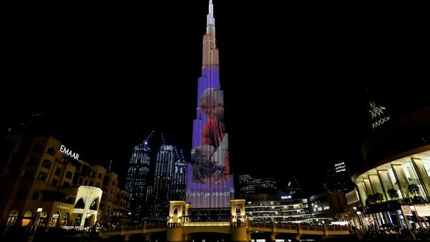 The Burj Khalifa adorned with the faces of Kobe and Gianna Bryant (Kamran Jebreili/AP)