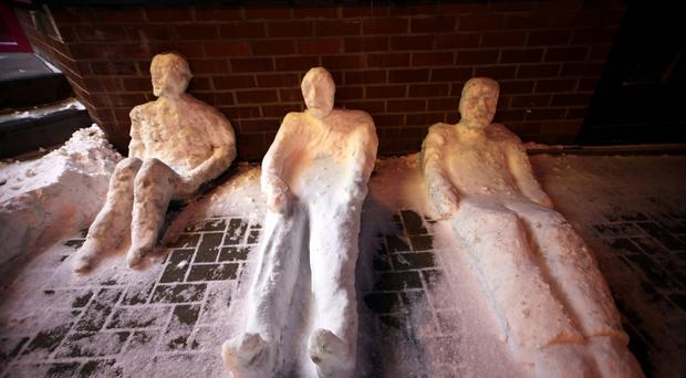 The rough sleeping snowmen in the cold