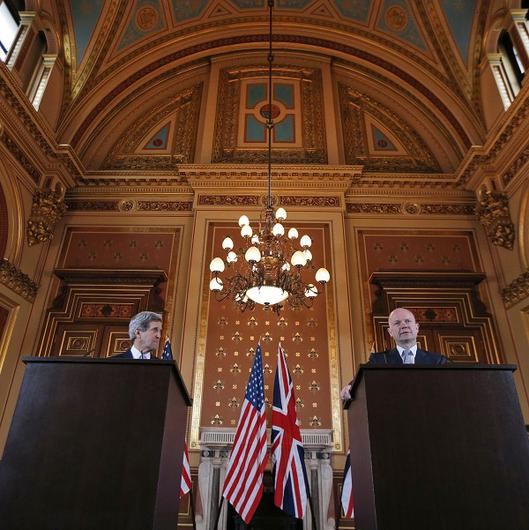 Foreign Secretary William Hague and US Secretary of State John Kerry at a press conference