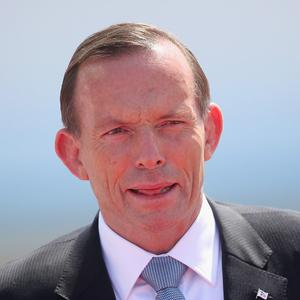 Australian Prime Minister Tony Abbott's administration has promised not to hand over a group of asylum seekers to Sri Lanka