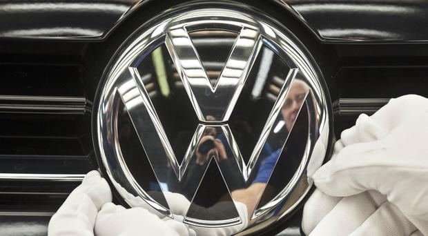 Volkswagen will hold talks with a German consumer group (AP/Jens Meyer,File)