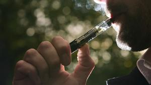 US teenagers are trying e-cigarettes before the real thing, research shows