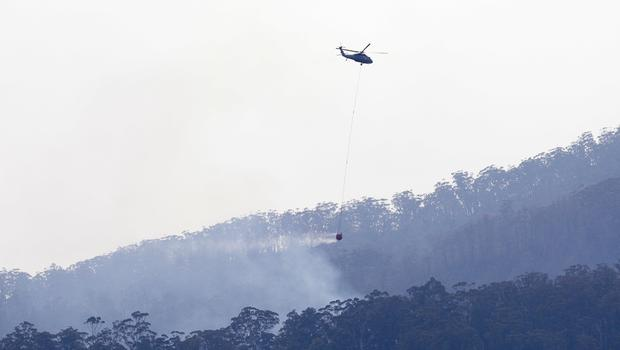 Wildfires continue to burn in Australia (Rick Rycroft/AP)